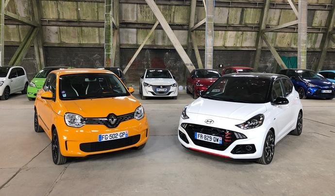 Hyundai i10 VS Renault Twingo : petites ambitions - Salon de l'auto Caradisiac 2020