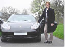 """""""Offrez-vous le luxe d'apprendre à   piloter des Porsche"""""""