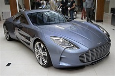 "Aston Martin prépare une One-77 ""spécial Nürburging"""