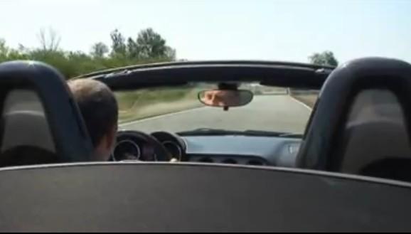 [Vidéo] Alfa Romeo 8C Spider : testée par Autocar