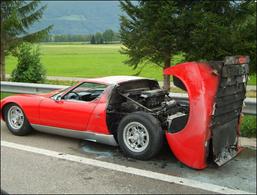 Une Lamborghini Miura s'embrase en Allemagne