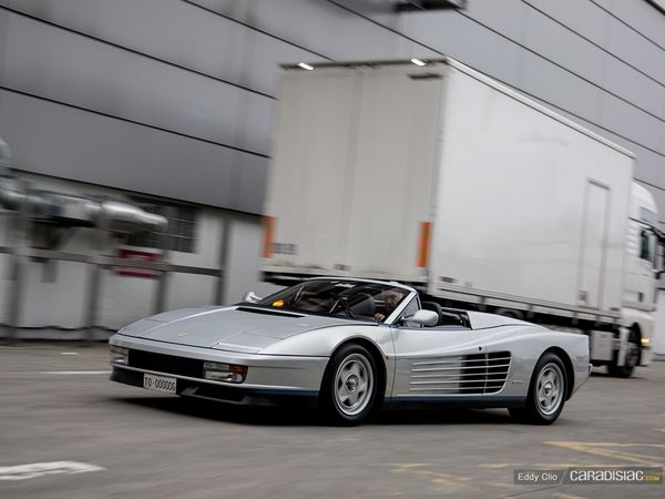 Photos du jour : Ferrari Testarossa Spider Valeo (Retromobile)