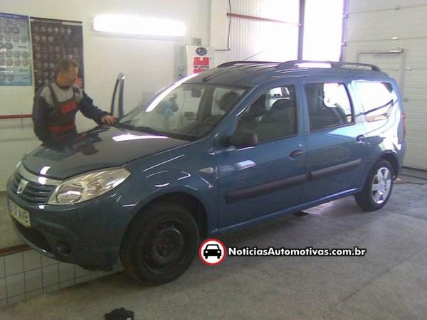 Dacia : un masque de Sandero pour le MCV ?