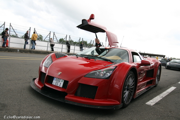 Photos du jour : Gumpert Apollo
