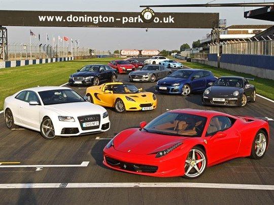 Best Driver Car 2010 par Autocar : Porsche 911 GT3 RS devant Noble M600, mais où est la Ferrari 458 Italia ?