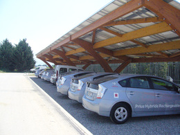 Vehicules-hybrides-rechargeables-en-France-une-station-solaire-lancee-62429.jpg