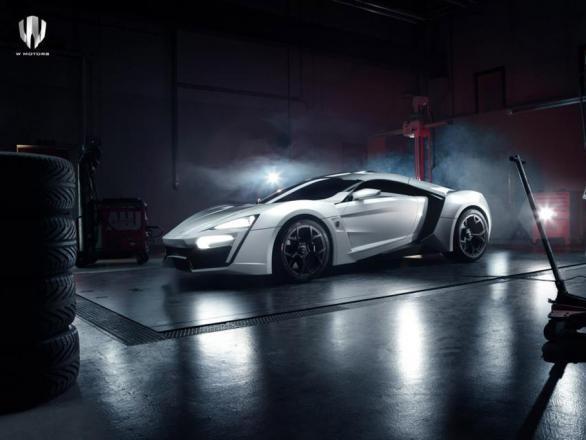 """Rapid'news #7 - 100 """"ordres"""" pour W Motors, Aston Martin pris en sandwich... américain"""