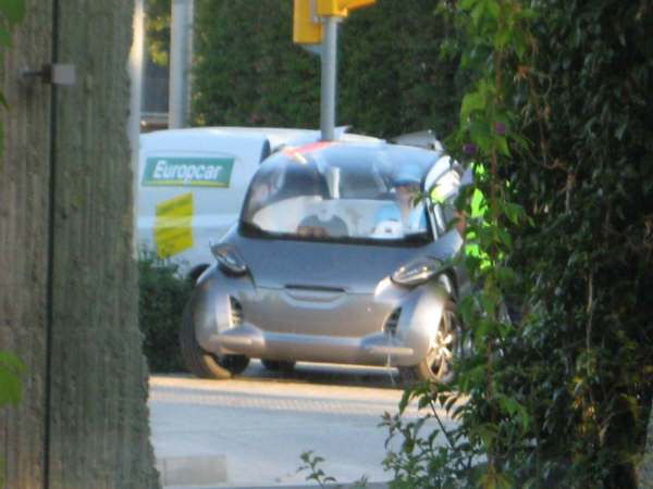 Francfort : voici le concept de microcar Peugeot électrique