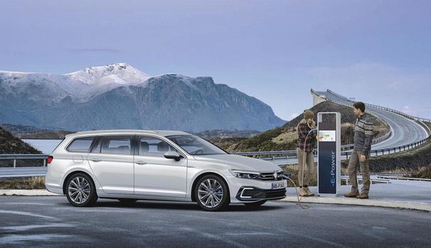 Volkswagen : les Arteon Shooting Brake et Tiguan GTE sont au programme