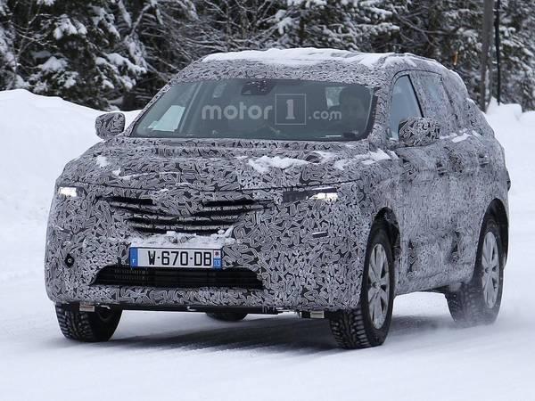 Scoop : le futur SUV Renault 7 places se promène