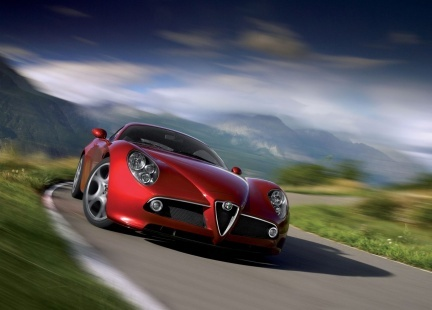 Future Alfa Romeo 8C GTA: suspendue!