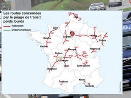 Politique: l'Ecotaxe devient péage transit poids-lourds