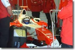 """Olivier Panis : """"Avec le team Toyota F1,   je vise des podiums pour 2004"""""""