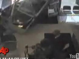 [Vidéo] Le crash dans le centre d'examen sitôt le permis de conduire en poche