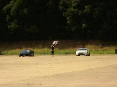 [Fifth Gear] La Jaguar XKR-S est-elle meilleure que la XJ 220 ?