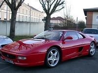 Une Ferrari F355 avec 187 000 kilomètres au compteur..