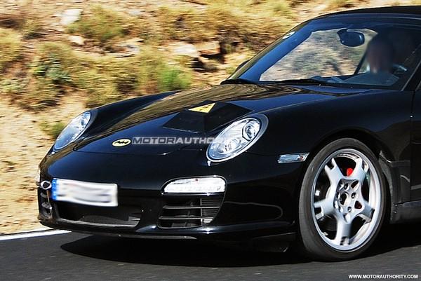 Une Porsche 911 hybride en préparation?