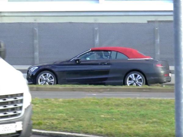 Surprise : la Mercedes Classe C cabriolet sort la capote rouge