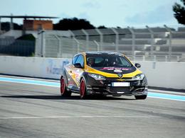 Ring Folies : Dijon Auto Racing y retourne en 2014
