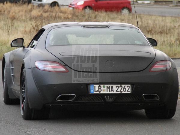 Surprise : première sortie pour la Mercedes SLS AMG Black Series