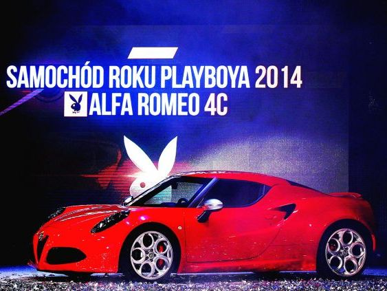 "L'Alfa Romeo 4C nommée ""Playboy's Car of the Year"" en Pologne"