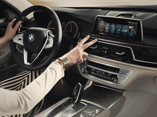 BMW X5 et X6 : avec des écrans tactiles dès cet été