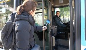"""Les ambulants du confinement - Un chauffeur de bus: """"Y a plus de stress"""""""
