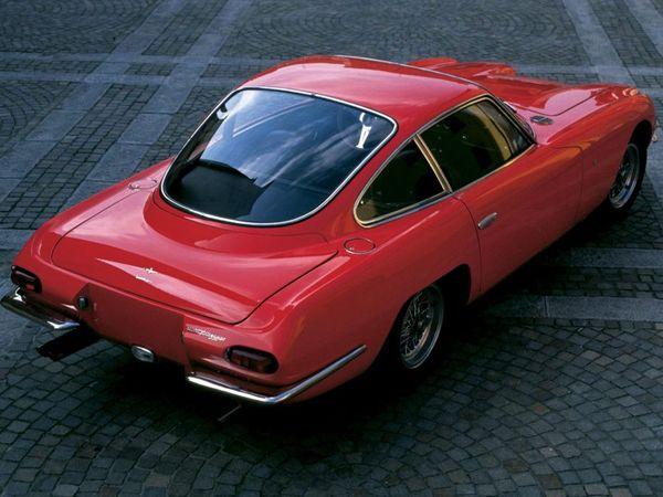 Genève 2013 : un concept de GT à moteur V12 avant pour Lamborghini ?