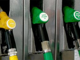 Carburants : les prix grimpent juste avant les vacances
