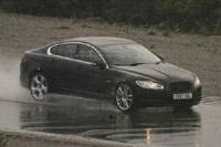 Future Jaguar XF-R: minimum syndical à 500 ch