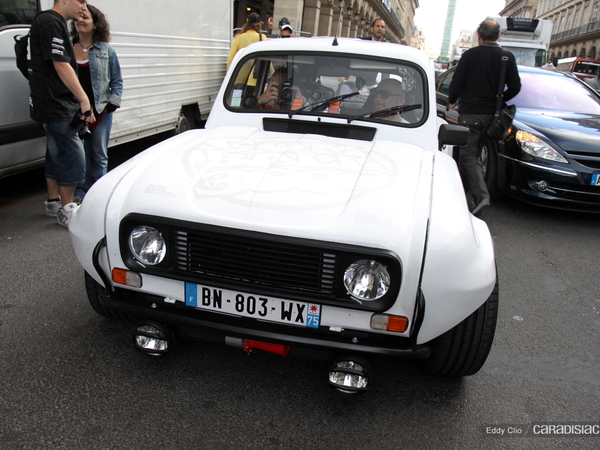 Photos du jour : Renault 4L 3000 (Gumball)