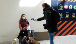 """Les ambulants du confinement - Une étudiante rapatriée: """"Tous les trains sont complets"""""""