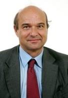 Le sénateur Yves Pozzo di Borgo pointe du doigt la pollution de l'air dans le métro parisien