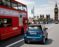 Londres : Daimler testera la Smart Fortwo plug-in électrique dès décembre 2007