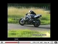 Le drift à deux roues : Pour les écervelés en short et en t-shirt [vidéo]