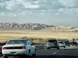 Les automobilistes californiens doivent désormais payer une taxe pour compenser la pollution qu'ils engendrent