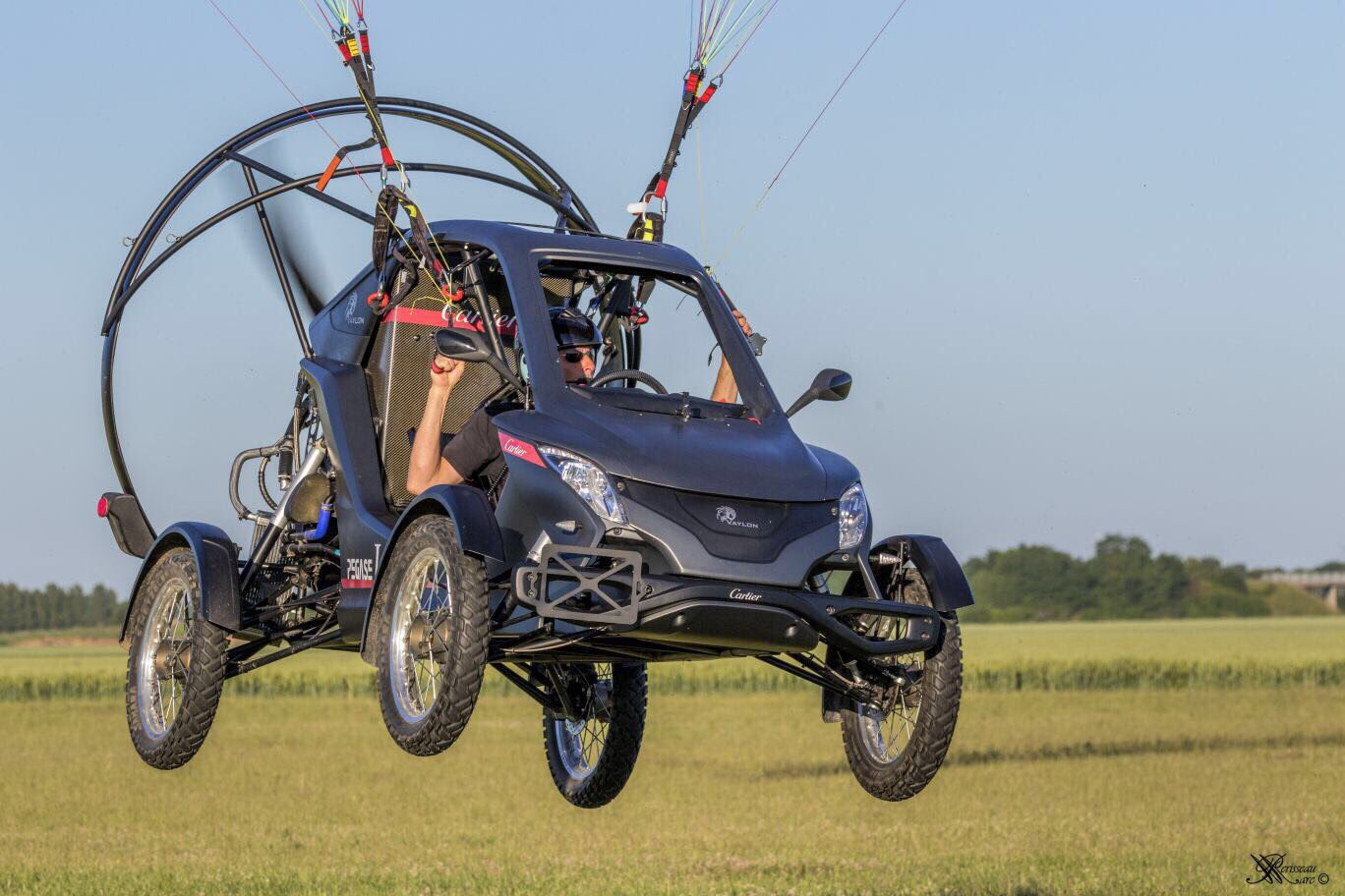 Traverser La Manche En Voiture : cette voiture volante a r ussi traverser la manche ~ Medecine-chirurgie-esthetiques.com Avis de Voitures