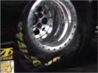 La vidéo du jour : des dragsters au ralenti : impressionnant !
