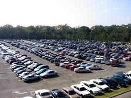 GM développe des véhicules plus écologiques, capables de se garer... seuls