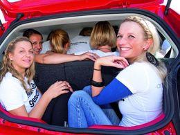 Combien de personnes peut-on faire tenir dans une Volkswagen Up! ?