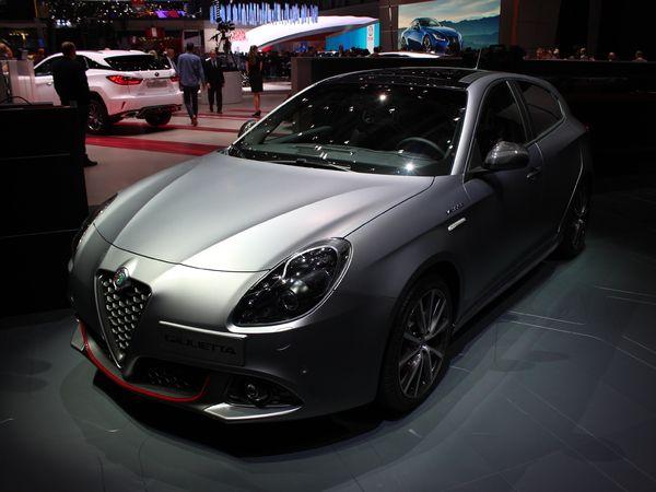 Alfa Romeo Giulietta restylée - Vidéo en direct du salon de Genève