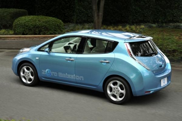 Nissan Leaf: 1ère images et infos de la 1ère Nissan 100% électrique