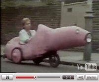 Vidéo : l'auto est-elle un substitut pénien pour l'homme ?
