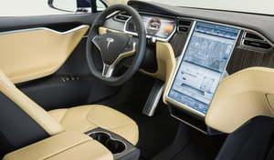 """Tesla : l'accès à Internet """"premium"""" est désormais payant en France, via abonnement"""