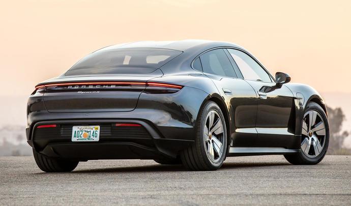 Une Porsche Taycan plus abordable en préparation