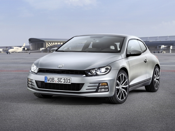 La Volkswagen Scirocco restylée disponible à la commande, de 24900 à 37790 €