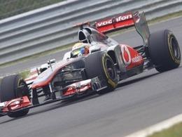 Lewis Hamilton se distingue en Inde