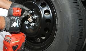 Confinement: peut-on aller au garage pour repasser en pneus été?