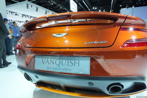 Photo Aston Martin Vanquish 2 Volante