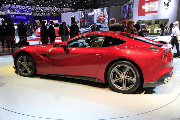Photo Ferrari F12 Berlinetta